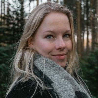 Suzanne van de Groep – Co-chair